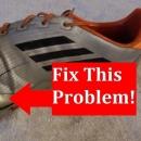 Giày đá bóng có cần khâu đế không?