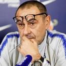Maurizio Sarri: Vị cứu tinh hay vật tế thần?