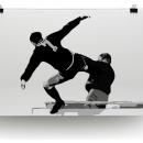 24 năm cú kung-fu của Cantona và phút yếu mềm của kẻ điên