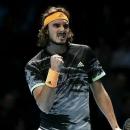 Tsitsipas vào bán kết ATP Finals