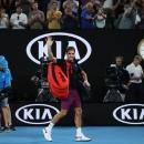 Federer phẫu thuật đầu gối, nghỉ hết mùa đất nện