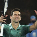 Djokovic thắng dễ ở vòng một Australia Mở rộng